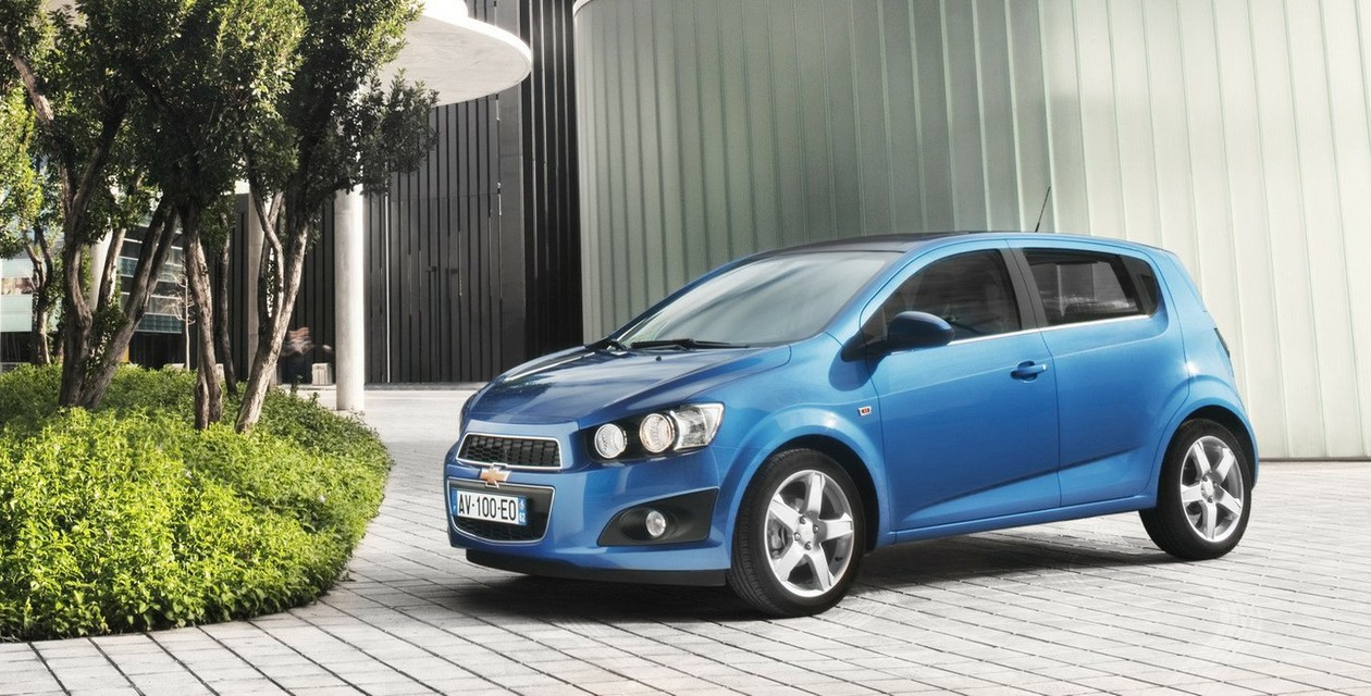 chevrolet aveo hatchback 3-дв отзывы