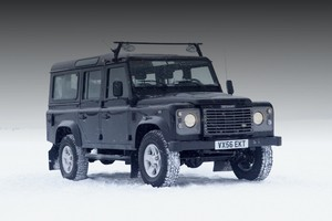 Land Rover Defender снимут с производства в декабре 2015 года